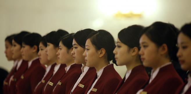 Kelnerki na 18. Kongresie Komunistycznej Partii Chin