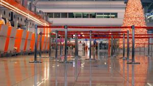Lotnisko Chopina w Warszawie - Terminal 2. Fot. Shutterstock