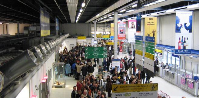 Lotnisko Frankfurt Hahn, Wikimedia Commons, autor: Craig.