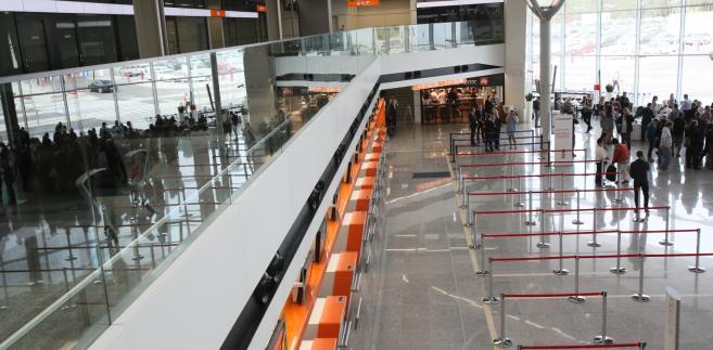 Nowy terminal na lotnisku im. Fryderyka Chopina (cat) PAP/Leszek Szymański