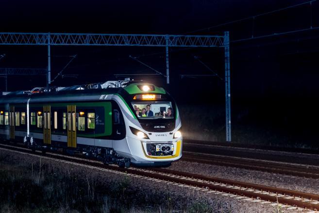 Testy pociągu Impuls 45WE, połączone z próbą bicia rekordu prędkości (zuz) PAP/Andrzej Grygiel