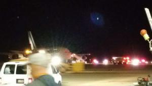 Awaryjne lądowanie samolotu Airbus A380 należącego do Air France EPA/@GregMaxfield via Twitter Dostawca: PAP/EPA.