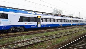 Fot. 2 Flirt. Umowa ze Stadlerem nie zawiera opcji dokupienia, mimo że ten pociąg jest mniej awaryjny od Darta