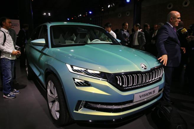 Skoda Vision S Concept to pierwszy duży SUV w historii czeskiej marki. Auto jest 7-osobowym SUV-em. Pojazd został zbudowany na tej samej platformie co Volkswagen Tiguan.