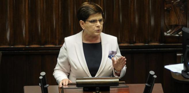 Premier Beata Szydło przemawia drugim dniu posiedzenia Sejmu.