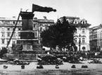 Ograbieni, wymordowani, naiwni. Polska po wojnie mogła dopłacać do reparacji