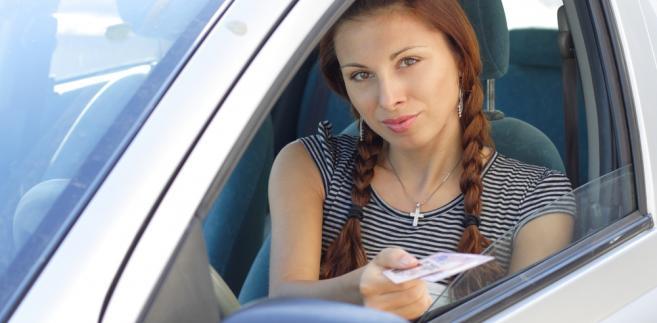 prawo jazdy, samochód