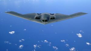 Amerykański bombowiec B-2 Spirit, źródło Wikimedia Commons, licencja: public domain