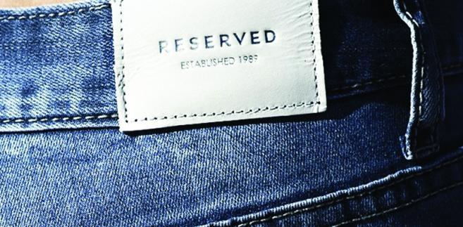 Kadr z kampanii jeansowej kolekcji marki RESERVED na sezon 2013/14. Fot. materiały firmy
