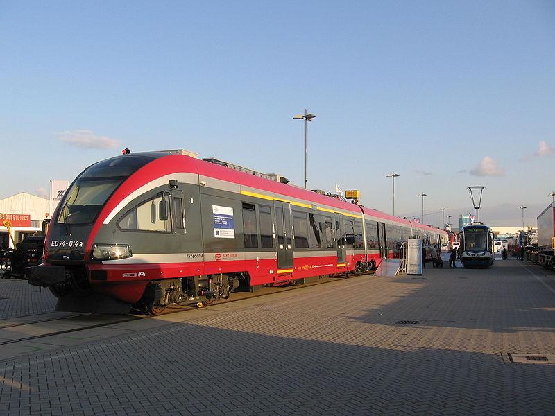 ED74 ww latach 2007-2008 jeździł w Przewozach Regionalnych, które wtedy były częścią PKP