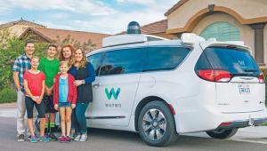 Autonomiczne samochody firmy Waymo testowane są na ulicach Phoenix fot. materiały prasowe