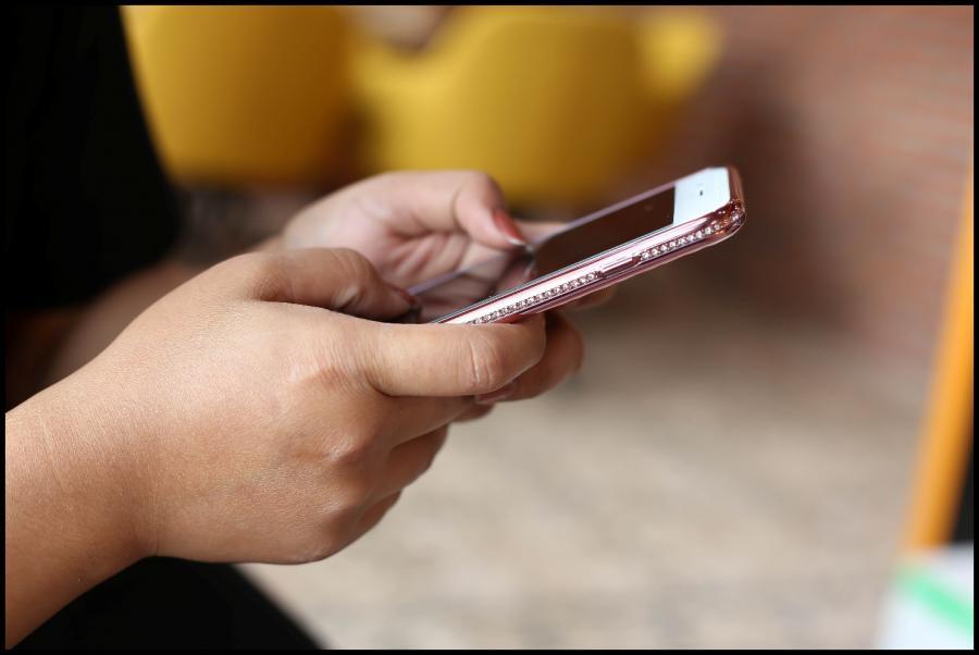 smartfon, telefon, internet