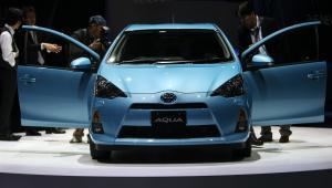 Hybrydowa Toyota Aqua na Tokyo Motor Show 2011, fot. Tomohiro Ohsumi/Bloomberg